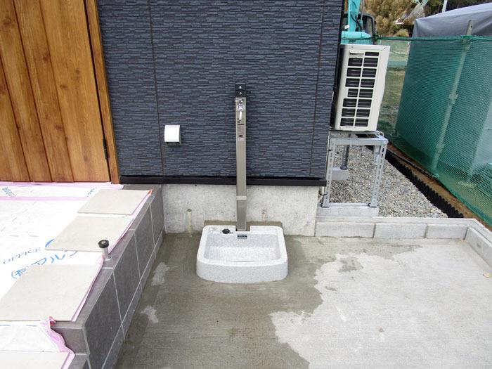 水栓の設置